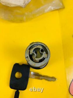 New + Orig Opel Ascona B Manta B Key Cylinder Ignition Incl. Key NOS