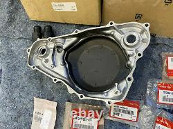 Nos Oem Honda Cr500r Crankcase / Clutch Water Pump Cover Kit Cr500 Engine Case